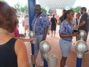 Using MagicBands entering EPCOT