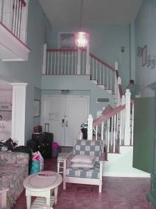 Grand Villa Entry