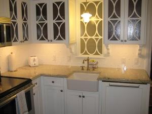 The 1 bedroom kitchen