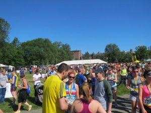 Runners gathering on Boston Common prior to the start.
