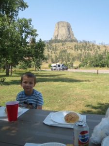 Lunch with a view of Devil's Tower National Monument